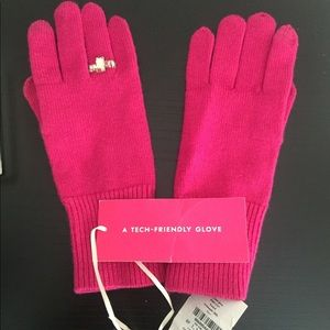 SOLD! Kate spade touch screen gloves